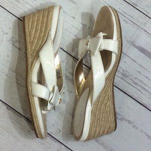 Anne Klein Thong Wedge Sandal AK Pointy White 9M